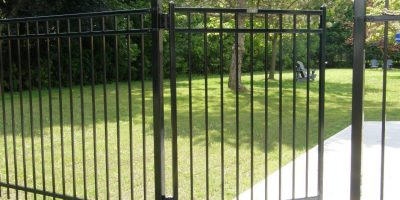 Decorative-Fencing-for-Front-Yard